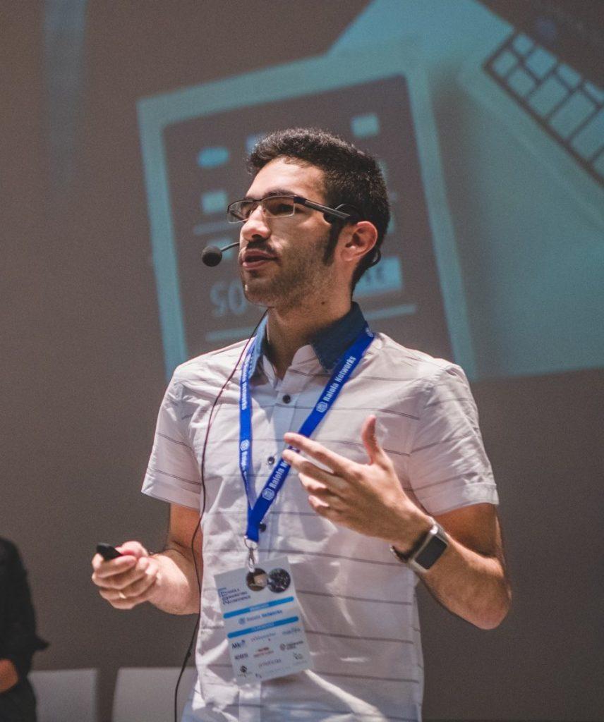 Alejandro Novas Raiola conference