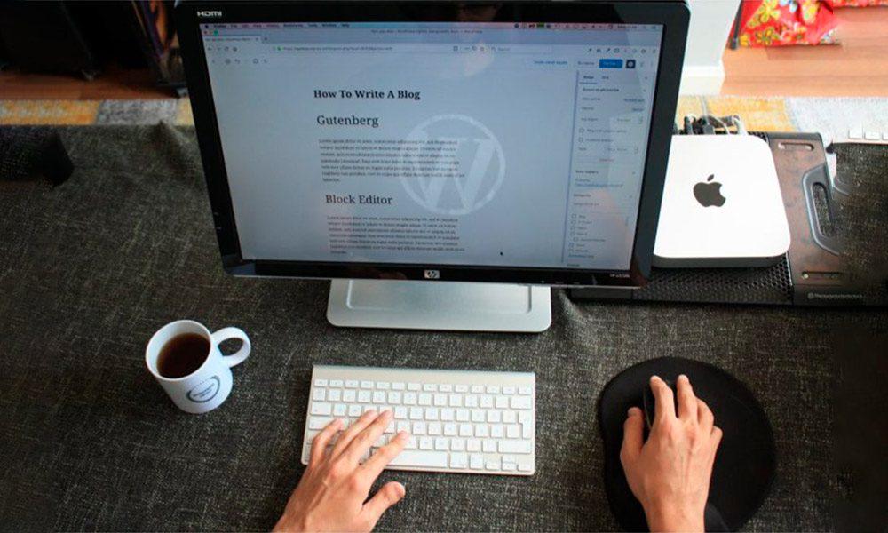 Lee más sobre el artículo Cómo crear títulos efectivos para tus páginas de venta sin tener ni idea de copy